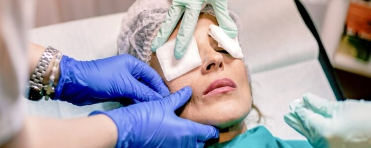 Choosing a surgeon for Cosmetic Surgery in India